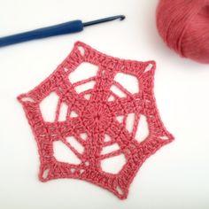 http://www.deuxbrinsdemaille.com  crochet-motif-