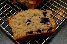 Blueberry banana bread sounds like a nice winter snack! Sweets Recipes, Baking Recipes, Desserts, Sugar Ants, Banana Bread Ingredients, Blueberry Banana Bread, Frozen Blueberries, Dessert Bread, Ground Cinnamon