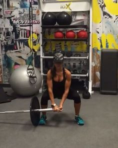 4,985 mentions J'aime, 135 commentaires – Alexia Clark (@alexia_clark) sur Instagram : « Landmine Grand You can do this as a circuit or just add one into your workout! Circuit landmine… »