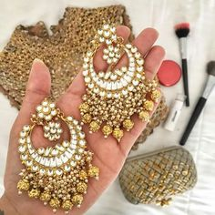 earrings matching with the lengha