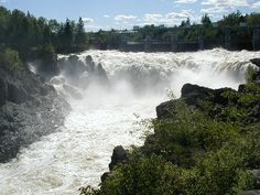 grand falls, new brunswick, canada,grew up an hour and a half away from these falls.was very common for us to go for a sunday drive to see the falls! O Canada, Canada Travel, Places Around The World, Around The Worlds, New Brunswick Canada, East Coast Road Trip, Johns Island, Atlantic Canada, Canoe Trip