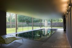 I imagine that the far end of our pool will look like this but in different colourway Indoor Swimming Pools, Swimming Pool Designs, Container Pool, Water Architecture, Dream Mansion, Home Spa, Garden Pool, Küchen Design, Pool Landscaping