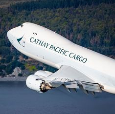 Cargo Aircraft, Boeing Aircraft, Ab De Villiers, Cathay Pacific, Private Jet, Air Travel, Airports, Airplanes, Queen