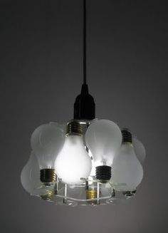 Creative and Cool Ways To Reuse Old Light Bulbs (30) 25