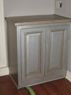 50+ Faux Finish Bathroom Cabinets - Most Popular Interior Paint Colors Check more at http://1coolair.com/faux-finish-bathroom-cabinets/