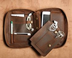 Custom order personalized Ipad Case with zipper / Ipad Holder / Ipad Cover / Hand-Stitched Leather  - MCO02