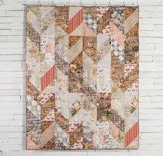 Coats Eclectic Elements by Tim Holtz Fabric & Chevron Braid Pattern Quilt Kit - White