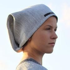 Sauna cap that protects your hair against heat, hiuksia kuumuudelta suojeleva saunamyssy. By Pisa Design.
