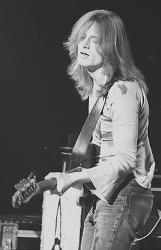 "Led Zeppelin Live ""John Paul Jones deep in the groove on bass! John Paul Jones, Rock N Roll, Rock And Roll Bands, Led Zeppelin, Jimmy Page, Robert Plant, Nassau, Great Bands, Cool Bands"