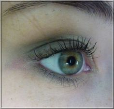 Un maquillage vert pour yeux verts? Oui, c'est possible! ~ What A Girl Wants
