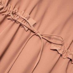 Wear Anywhere Tunic Abaya Fashion, Muslim Fashion, Fashion Dresses, Techniques Couture, Sewing Techniques, Sleeve Designs, Blouse Designs, Sewing Clothes, Diy Clothes