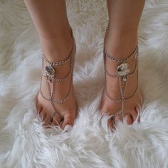 GEO CAGE silver barefoot sandals Hand Chain, Bare Foot Sandals, Anklets, Geo, Barefoot, Kicks, Walking, Hands, Silver