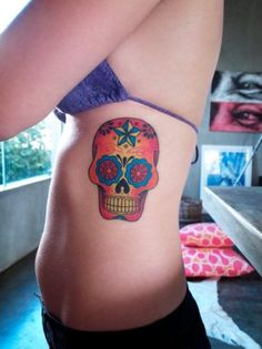 it's weird...but i'm actually loving these mexican skulls...
