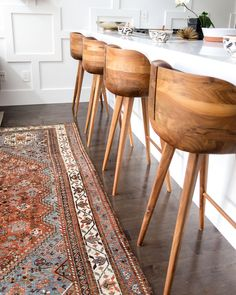 We spy a beautiful vintage Persian rug. - Vintage Rugs - Ideas of Vintage Rugs Home Decor Kitchen, Home Kitchens, Room Rugs, Area Rugs, Persian Rug, Home Decor Inspiration, Vintage Rugs, Making Ideas, My Dream Home