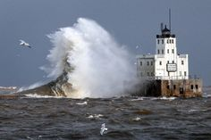 The government is still looking for a buyer for the beautiful old Milwaukee Lighthouse.