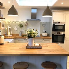 Hope you've all had a fab weekend! Another busy one f… Good evening lovelies! Hope you've all had a fab weekend! Another busy one for us, new units for our kitchen/dining room area arriving tomorrow so lots… Continue Reading → Kitchen Interior, New Kitchen, Kitchen Dining, Kitchen Decor, Cottage Shabby Chic, Dining Room Console, Wooden Counter, Outdoor Kitchen Design, Home Kitchens
