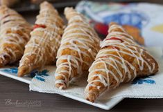 Strawberry Rhubarb Puff Pastry Turnover Recipe from Barbara Bakes (blueberry danish puff) Strawberry Rhubarb Pie, Raspberry Tarts, Peach Puff Pastry, Turnover Recipes, Puff Pastry Recipes, Pie Dessert, Cooking Recipes, Pie Recipes, Yummy Recipes