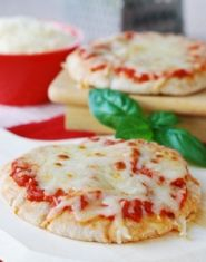 """Pita Pizza Recipe VIDEO - Easy to make for """"starving"""" kids.  Heart Healthy and Diabetic Friendly"""