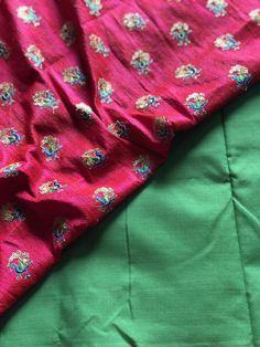Poly cotton saree with designer blouse pc Trendy Sarees, Cotton Saree, Floral Tie, Blouse Designs, Alexander Mcqueen Scarf, Blouses, Blouse, Woman Shirt, Hoodie