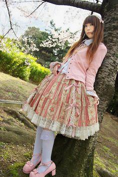 pink classic lolita