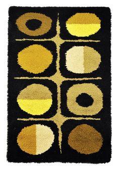 Modern rugs for design lovers. Rya Rug, Latch Hook Rugs, Shaggy Rug, Indigenous Art, Textiles, Retro Home, Rug Hooking, Mid Century Design, Fabric Art