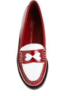 8. Work Perfect Modcloth Shoes: I have long wanted these shoes, and they would be perfect shoes to wear during a long day at work or out running errands. #modcloth #makeitwork