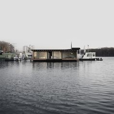Modern Houseboat, Berlin
