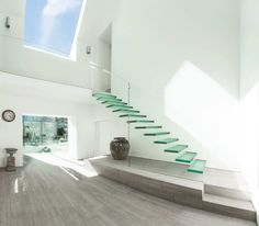 The glass extension in England, plus a glass staircase | Blog Private architecture