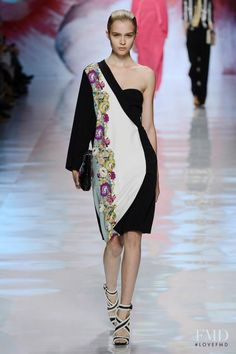 Photo feat. Josephine Skriver - Etro - Spring/Summer 2013 Ready-to-Wear - milan - Fashion Show | Brands | The FMD #lovefmd