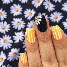 Spring Nails 34 Popular Spring Nail Art Design Ideas 2019 Trend Nail Art and Tattoo . 34 Popular Spring Nail Art Design Ideas 2019 Trend Nail Art and Tattoo Yellow Nail Art, Yellow Nails Design, Yellow Toe Nails, Acrylic Nails Yellow, Acrylic Art, Daisy Nails, Daisy Nail Art, Nails Today, Nagel Blog