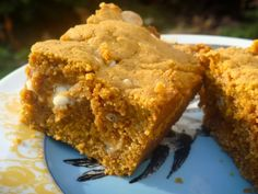 Pumpkin Peanut Butter Blondies with white chocolate chips - these are on the fall bucket list!