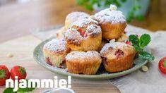 Muffins met aardbei en witte chocolade Recept - njammie!