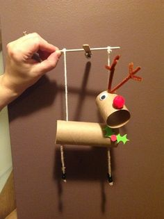 1000 images about cardboard tube marionette puppets on for Toilet roll puppets