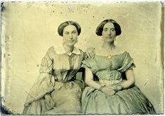 Ladies by binder098, via Flickr
