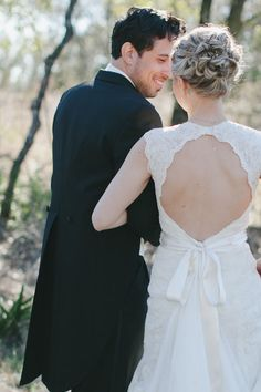 Wedding dress with keyhole back #weddingdresssleeves