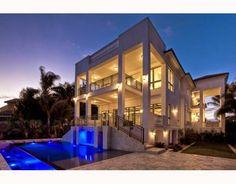 South Florida Beach Life: Sea Turtles. South Florida Celebrity Homes, Today's Home-July, 9, 2014 #Dream Homes #LeBronJames #LeBronJamesHouse
