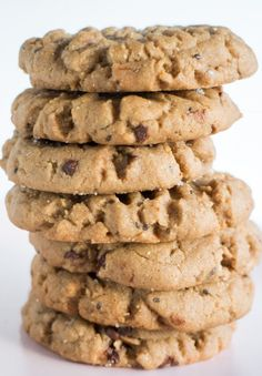 This easy recipe makes 2 dozen delicious, healthy cookies made with chocolate protein powder. Protein Powder Cookies, Protein Powder Pancakes, Baking With Protein Powder, Protein Powder Recipes, Chocolate Protein Powder, Semi Sweet Chocolate Chips, High Protein Recipes, Protein Snacks, Healthy Snacks