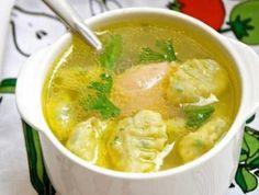 Само название супа уже вкусное. А уж какой аромат у этого супа.  Уж если хотите разнообразить свой рацион, то суп с клецками на курином бульоне идеа