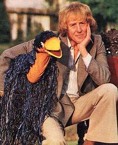 """Rod Hull (1935 - 1999) Australian ventriloquist who appeared on the kids TV show """"The Hudson Brothers Razzle Dazzle Show"""", his puppet was an emu that would attack guests and himself"""