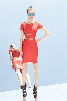 Sfilata Hervé Léger by Max Azria New York - Pre-collezioni Primavera Estate 2013 - Vogue