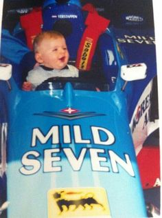 Max Verstappen in his Dad's car Sports Car Racing, F1 Racing, Race Cars, New Drivers, Car And Driver, Grand Prix, Ricciardo F1, Gp F1, Karts