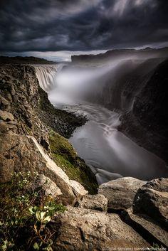 Iceland - Dettifoss - July 2014 - * a storm moves on * for 100sec. - using Lee Filter ND hard 0.9 , soft 0.6 and Haida 3.0 © Oliver Schratz www.facebook.com/blendeneffekte.de www.blendeneffekte.de