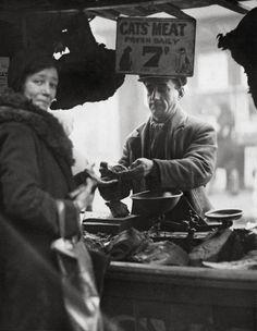 Katzenfleischverkäufer, London (1933)