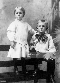 American producer Walt Disney (1901-1966) and his siter Ruth (1903-1995) , as children, in 1906