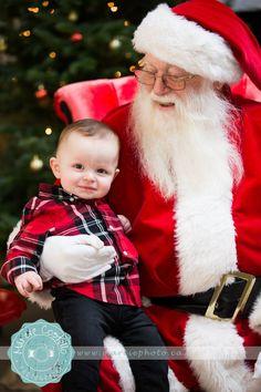 Christmas Event | Charity | Smiles | Kiddo | Santa | Love |  Marcie Costello Photography www.marciephoto.ca