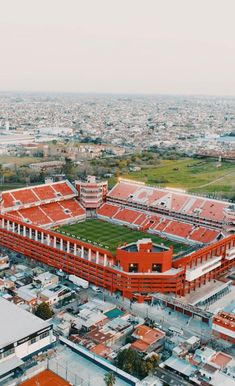 "Independiente no Twitter: ""Tan lindo que asusta! #independiente #TodoRojo #VamosRojo… "" . Sports Stadium, Football Stadiums, National League, Lionel Messi, Judo, Manchester United, Liverpool, Paris Skyline, Around The Worlds"