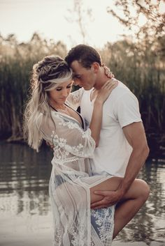 Steamy couples session in a lake Couple Photography Poses, Photography Photos, Wedding Photography, Engagement Photography, Hot Couples, Cute Couples Goals, Engagement Couple, Engagement Pictures, Married Couple Photos