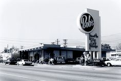 bob's big boy restaurant. burbank california 1976