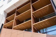 El edificio de la Facultad de Psicología de la Universidad de Murcia fue construido en el año 2001 y presentaba un pr...