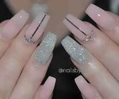 Pretty pink/nude-ish color with a simple design and fine sand-like glitter makes this look classy